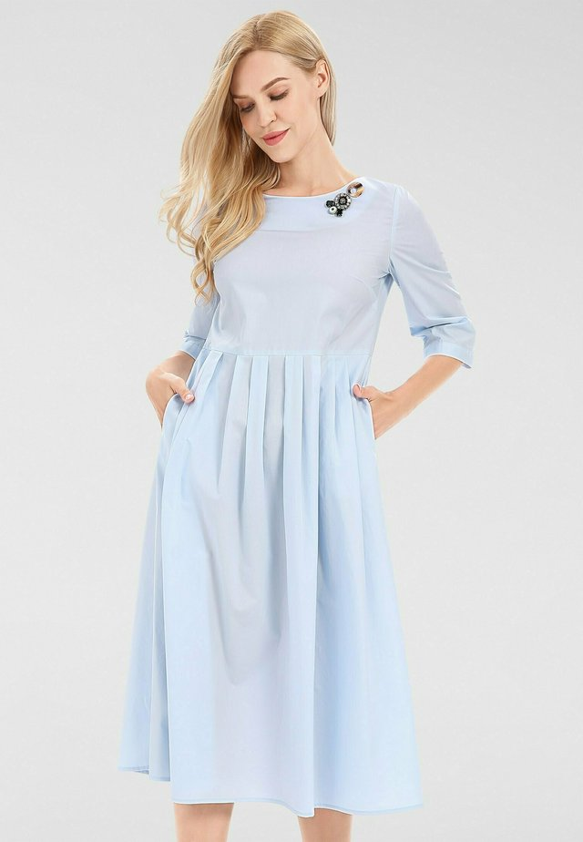Korte jurk - hellblau