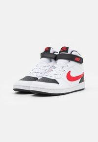 Nike Sportswear - COURT BOROUGH MID UNISEX - Sneakers hoog - white/university red/black - 1