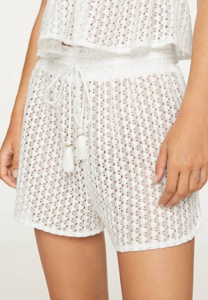 CROCHET SHORTS - Shorts - white