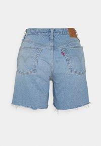 Levi's® - 501® MID THIGH SHORT - Szorty jeansowe - tango crushed short - 6