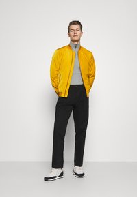 Lindbergh - Bomber Jacket - yellow - 1