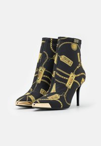 Versace Jeans Couture - Classic ankle boots - black - 2