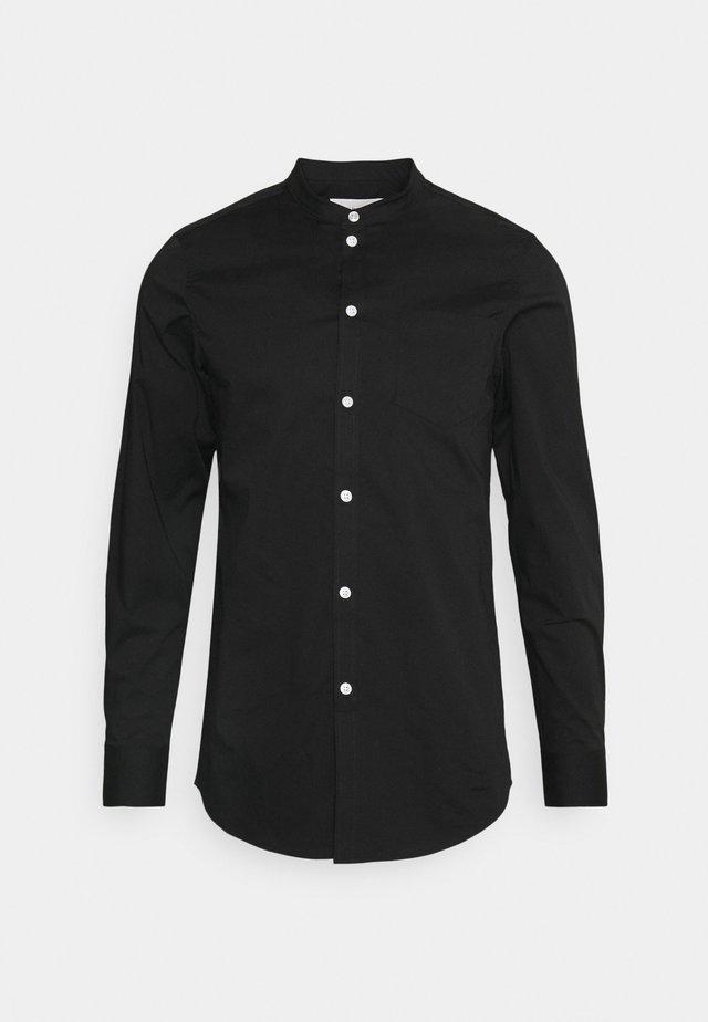 MUSCLE FIT - Skjorte - black