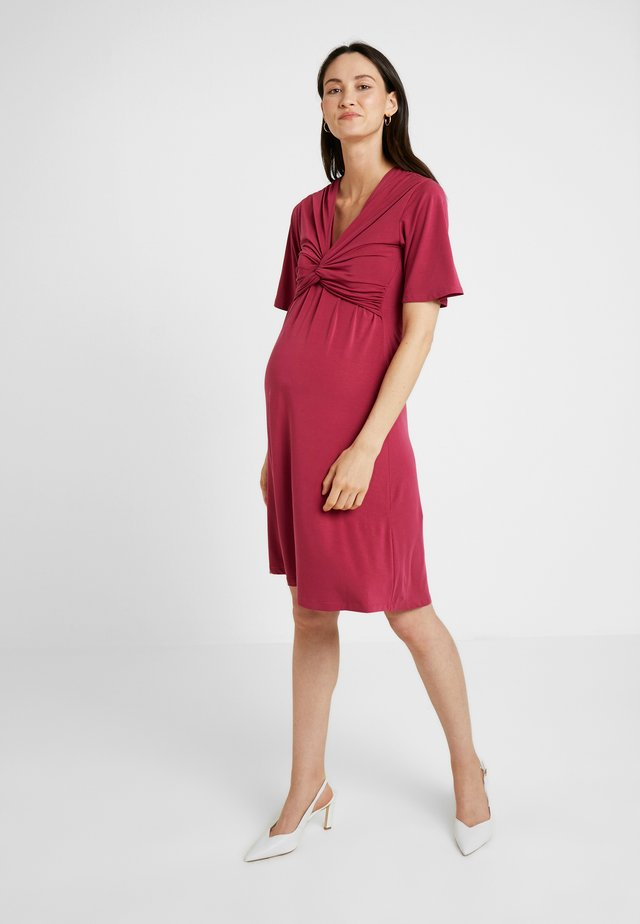 LA LA DRESS - Jerseyklänning - beet red