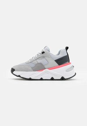 HERBY S-HERBY LOW - Sneakersy niskie - grey/pink