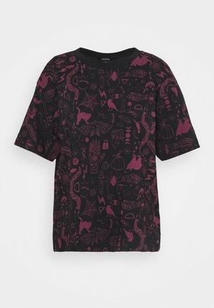 TOVI TEE  - Print T-shirt - black/lilac