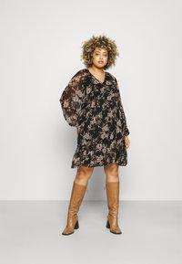 Vero Moda Curve - VMFRIDA V NECK DRESS - Day dress - black - 2