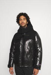 Champion Reverse Weave - HOODED JACKET - Veste d'hiver - black - 0