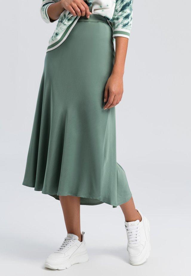 Pleated skirt - dark jade