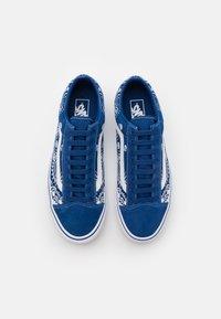 Vans - STYLE 36 UNISEX - Sneakers - true blue/true white - 3