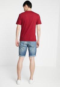Calvin Klein - CHEST LOGO - Basic T-shirt - red - 2