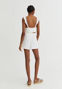 PULL&BEAR - Shorts - white - 2