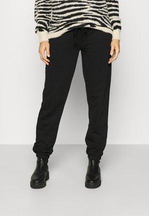 VMMOCTAVIA PANT - Spodnie treningowe - black