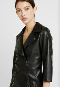 ONLY - ONLJANNIE DRESS - Kjole - black - 5
