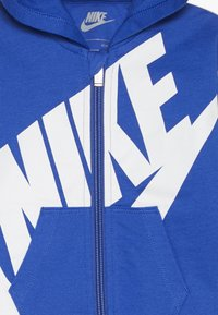 Nike Sportswear - ALL DAY PLAY COVERALL UNISEX - Jumpsuit - game royal - 3