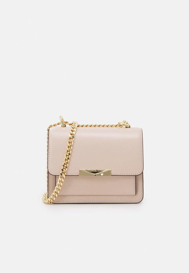 JADE GUSSET CROSSBODY - Sac bandoulière - soft pink