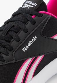 Reebok - LITE 2.0 - Zapatillas de running neutras - black/pink/white - 5