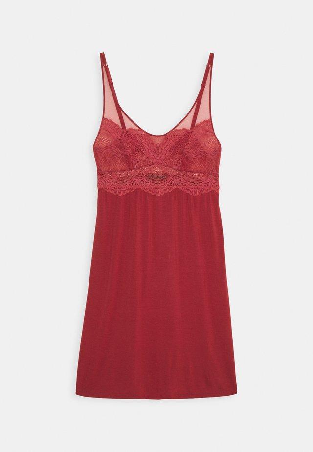 DARLING SPOTLIGHT  - Koszula nocna - rosewood
