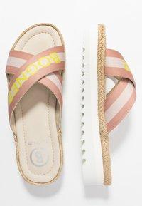 Bogner - POSITANO - Pantofle - silver/offwhite/beige - 3