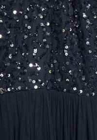 Maya Deluxe - BISHOP SLEEVE DELICATE SEQUIN  WITH KEYHOLE - Ballkjole - navy - 2
