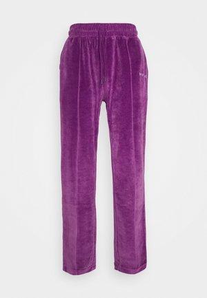 TRACK PANTS UNISEX - Teplákové kalhoty - purple