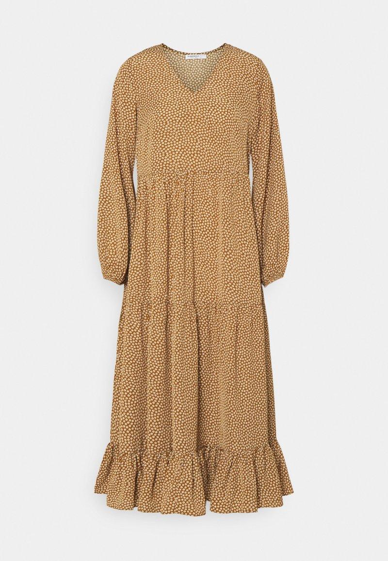 Glamorous Petite - TIERED DRESS - Maxi dress - rust cream