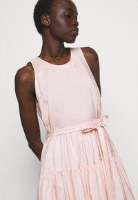 3.1 Phillip Lim - SLEEVELESS BELTED MAXI DRESS - Robe d'été - light blush - 5