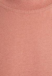 Anerkjendt - AKROD - Basic T-shirt - old rose - 2
