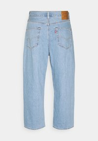 Levi's® - STAY LOOSE PLEATED CROP - Jeans baggy - light indigo - 5