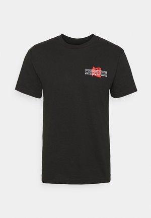 VICTORY TRUNKS TEE - T-shirt z nadrukiem - black
