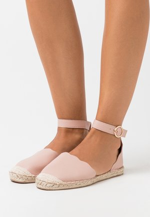 CALLY - Espadrilky - pink