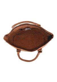 Gusti Leder - Käsilaukku - brown - 4