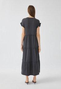PULL&BEAR - Sukienka letnia - grey - 1