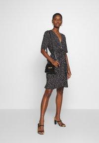 Saint Tropez - MINA DRESS ABOVE KNEE - Žerzejové šaty - black - 1