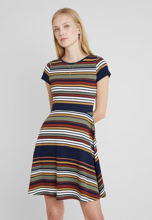 STRIPE DRESS - Pletené šaty - navy