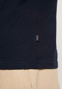 Scotch & Soda - Basic T-shirt - navy - 6