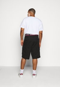 Tommy Hilfiger - JOHN  - Shorts - black - 2