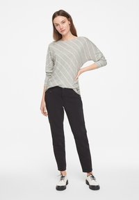 comma casual identity - Long sleeved top - grey diagonal stripes - 1