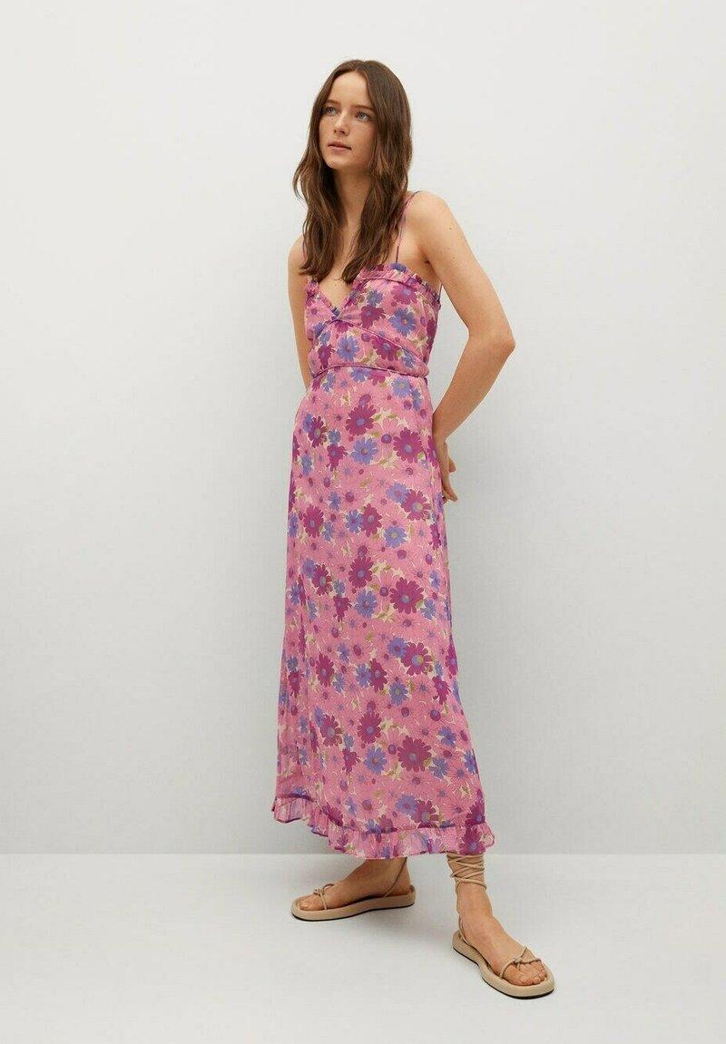 Mango - GEMUSTERTES - Day dress - rosa