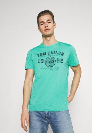 LOGO TEE - Print T-shirt - dusty aqua