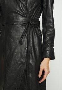 Ibana - EXCLUSIVE DAILY - Denní šaty - black - 5