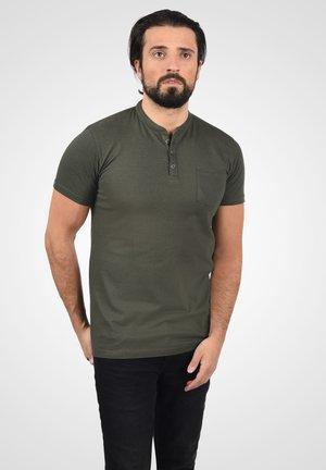 T-shirt con stampa - ivy green melange