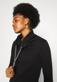 ONLY - ONLBETTE LONG HIGHNECK  - Hoodie - black - 4