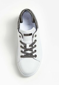 Guess - BRAYLIN ECHTES - Sneakers basse - white - 1