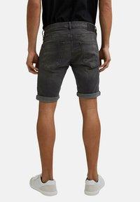 edc by Esprit - Short en jean - grey medium washed - 7