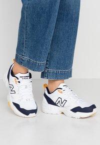 New Balance - 708 - Trainers - white - 0