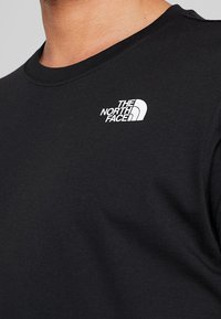The North Face - REDBOX TEE   - T-shirt con stampa - black - 4