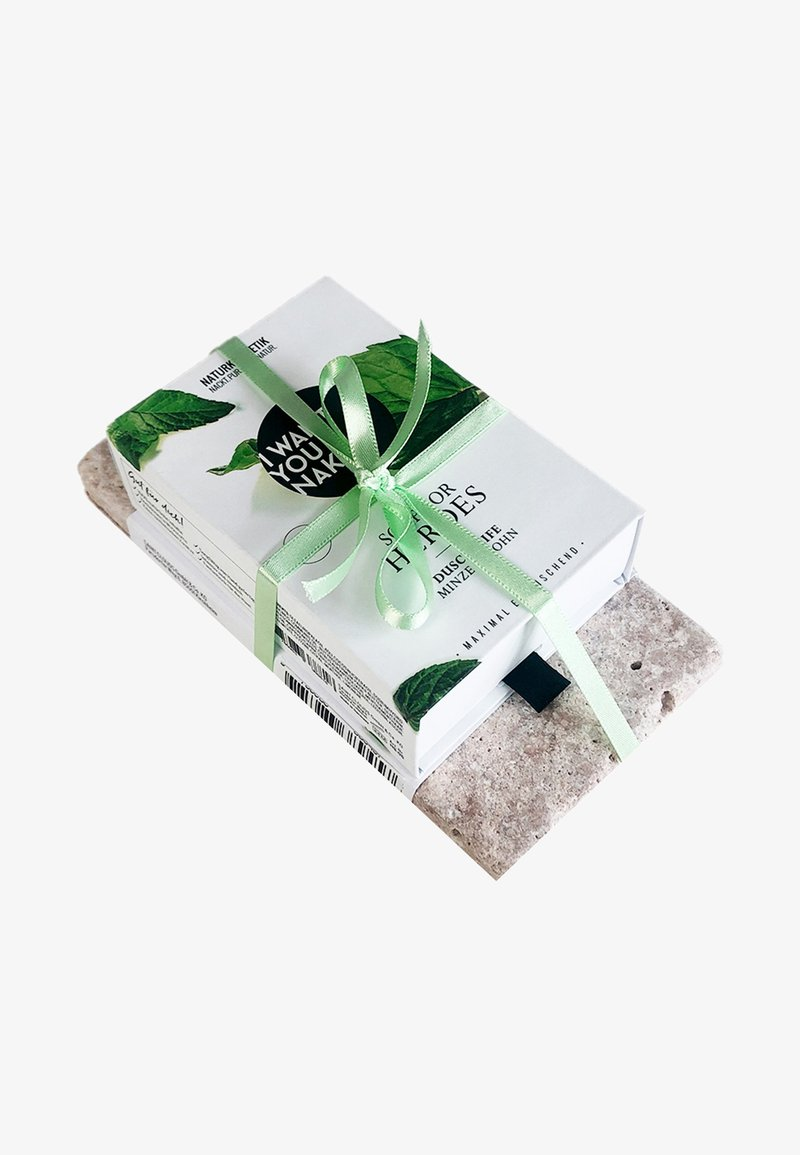 I WANT YOU NAKED - SOAP & STONE - Bath and body set - soap for heroes