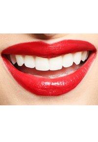 IsaDora - PERFECT LIPLINER - Lip liner - classic red - 5