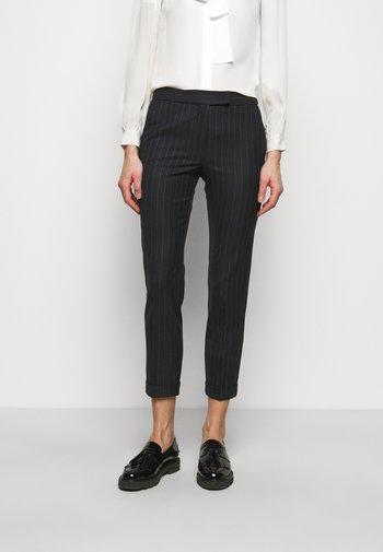 MONOPOLI - Pantalon classique - china blue pattern
